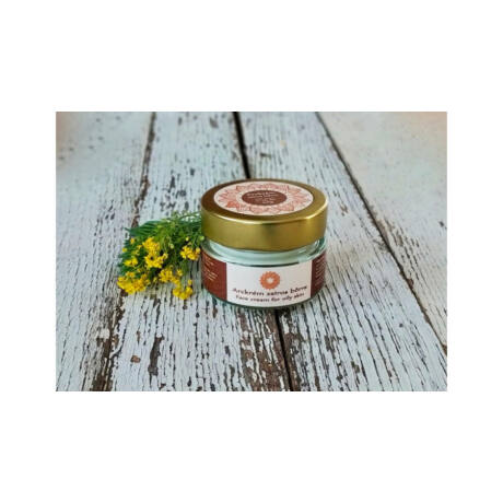 Napvirág arckrém zsíros bőrre jojoba olajjal, varázsmogyoró kivonatta, E és B vitaminokkal 30g